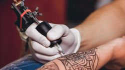 """""""Tattoos zijn voor mensen uit alle lagen een middel om uit te drukken dat ze bijzonder zijn"""""""