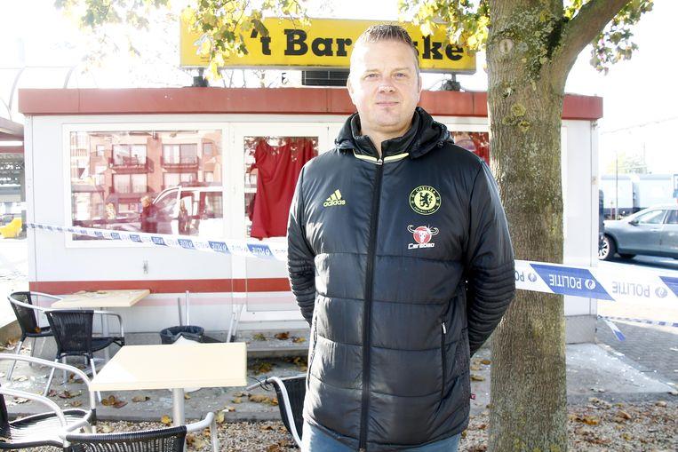Wim Tierens hoopt dat de schade meevalt en dat hij snel opnieuw kan opendoen.