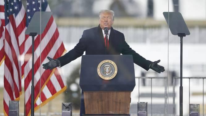"""""""Trump overweegt zichzelf gratie te verlenen"""""""