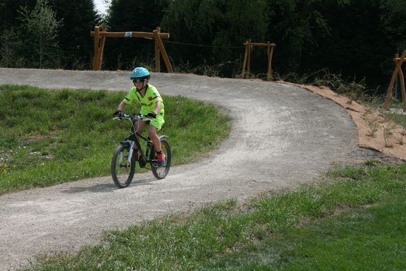 De nieuwe mountainbikeroute start aan de sporthal in Putte.