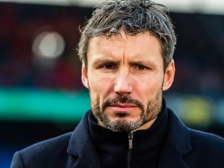 PSV ontslaat Mark van Bommel na twee zeges in twaalf duels