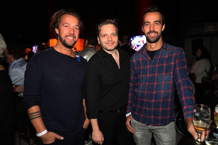 Udo had met Dirk en Bart de broers van z'n vrouw, actrice Leen Dendievel, meegebracht.