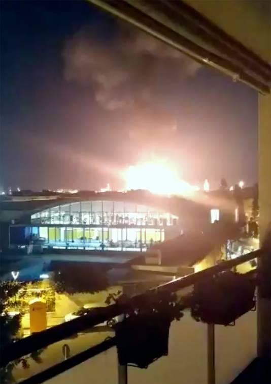 De explosie bij de fabriek wat in de wijde omgeving te zien.