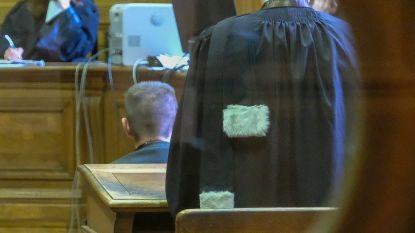 """Ex-prof KU Leuven werd in 2016 veroordeeld voor aanrandingen van tienermeisjes. Nu doet procureur in beroep beschuldigingen af als """"puberpraat"""""""