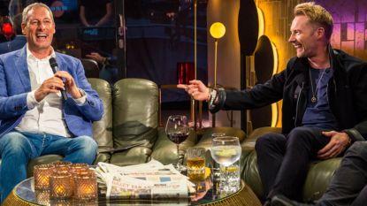 Ronan Keating zingt zijn grootste hits in 'Gert Late Night' (maar ook de 'Samson Rock')