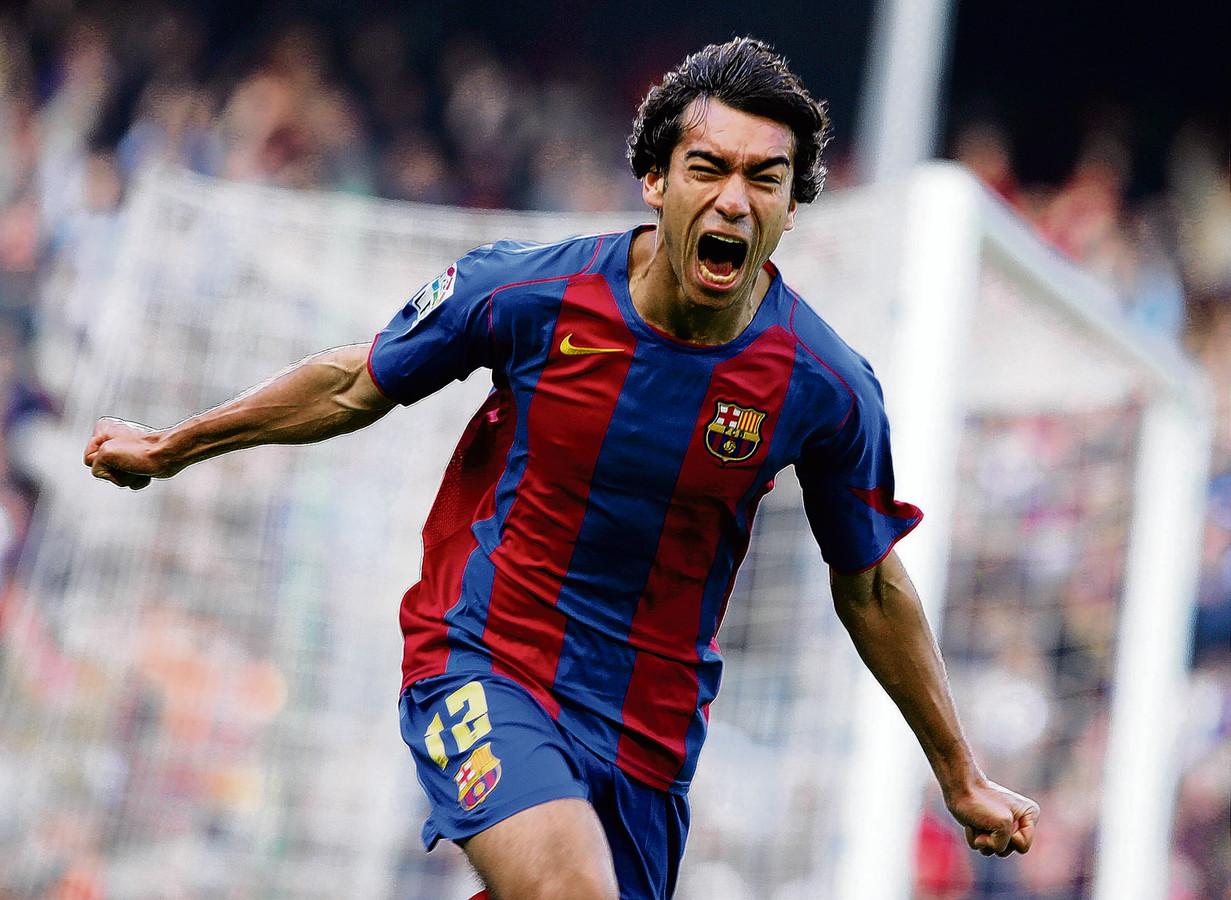 Giovanni van Bronckhorst maakte zijn debuut in 2003 ook tijdens Athletic Bilbao - FC Barcelona. Hij gaf direct de assist bij de winnende goal van Phillip Cocu.