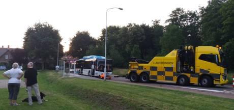 Geen alledaags gezicht, een busfile in Heveadorp