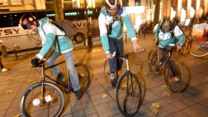 Veertigtal koeriers voert actie voor betere werkomstandigheden bij Deliveroo