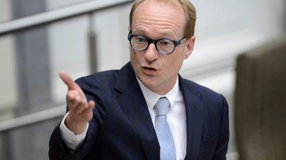 Heibel over Vlaamse procedure tegen Brusselse schoolcontracten