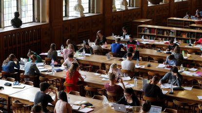 In 2003 nog absolute wereldtop: kwaliteit van ons onderwijs daalt fors