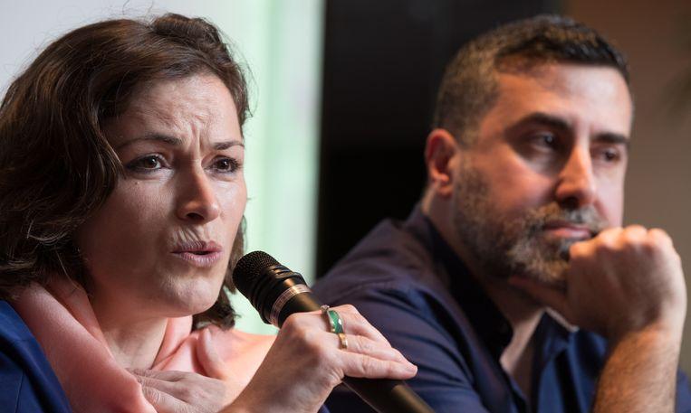Gents gemeenteraadslid Meryem Kaçar naast Dyab Abou Jahjah.