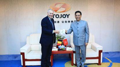 """Felle kritiek op nieuwe job Yves Leterme bij Chinees bedrijf: """"Schraapzucht een staatsman onwaardig"""""""