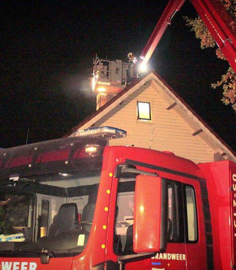 Brandweer drie uur bezig met blussen schoorsteenbrand in Oldenzaal