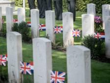 'Britse soldaten op begraafplaats Valkenswaard verdienen bloemetje'