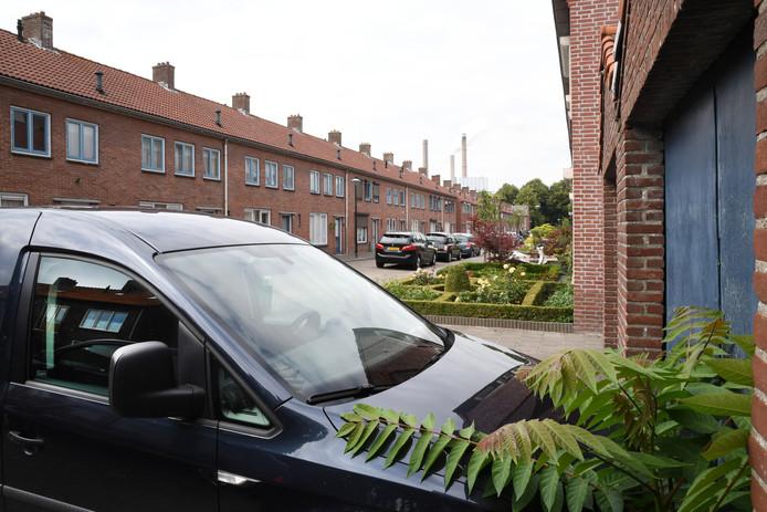 GEERTRUIDENBERG  Er is een groot te kort aan sociale huurwoningen in Geertruidenberg. Op de foto de Pinksterbloemstraat waar huizen van Thuisvester staan.