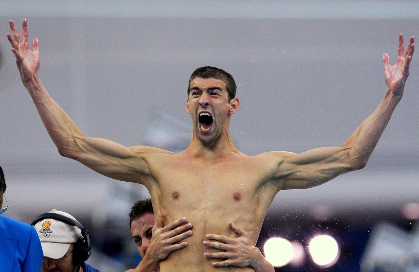 Michael Phelps won achtmaal goud in Peking.