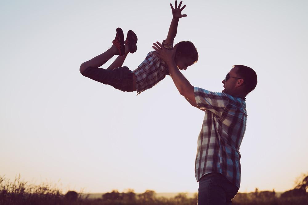 Vader en zoon. Foto ter illustratie.