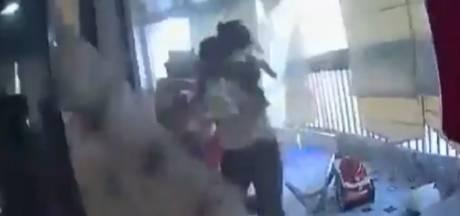 Une femme de ménage sauve un enfant des explosions à Beyrouth