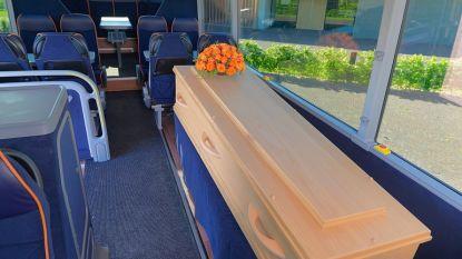Met de uitvaartbus naar je laatste rustplaats: voortaan is het mogelijk