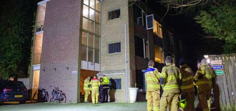 Politie sluit opzet brand flat Ellecom nog niet uit