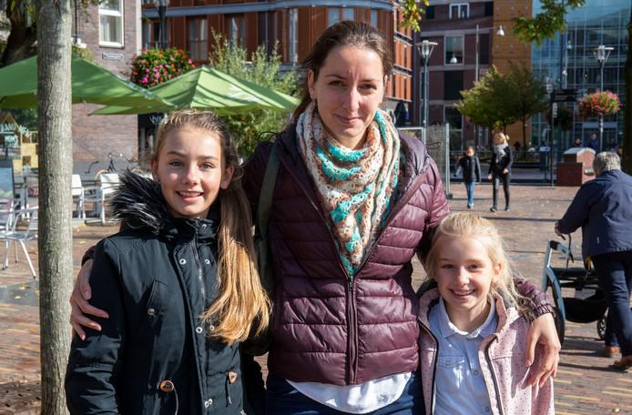 Marise, Alinke en Anoah Verduijn (van links naar rechts).