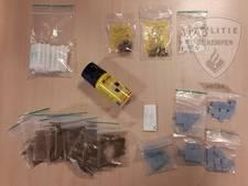 Twee blowende mannen met drugs aangehouden in Hapert