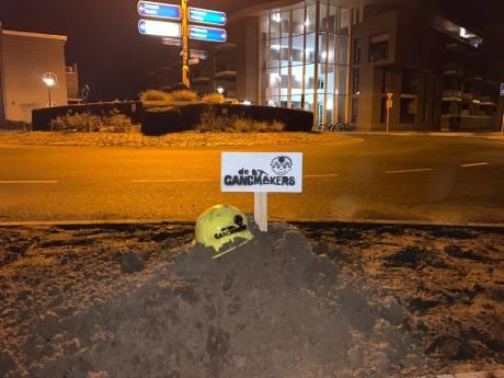 Mysterieuze zandhopen duiken op in Deurne: 'Er gaan nog meer acties volgen'