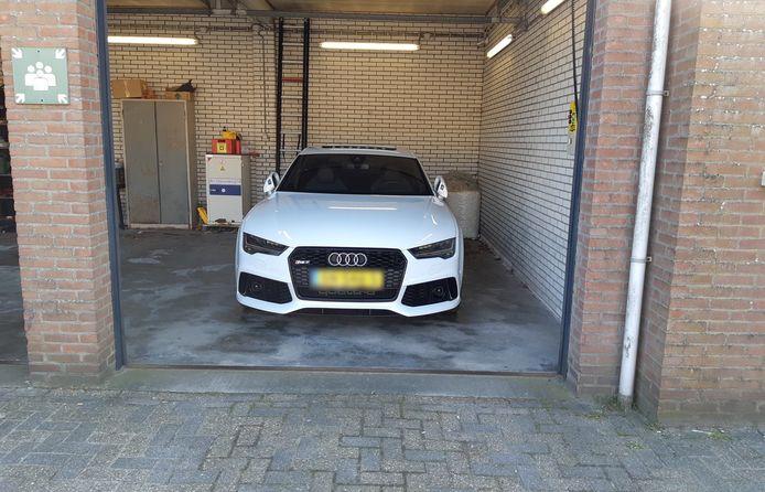 De in beslaggenomen Audi RS7.