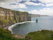 De Wild Atlantic Way in Ierland doet z'n naam eer aan