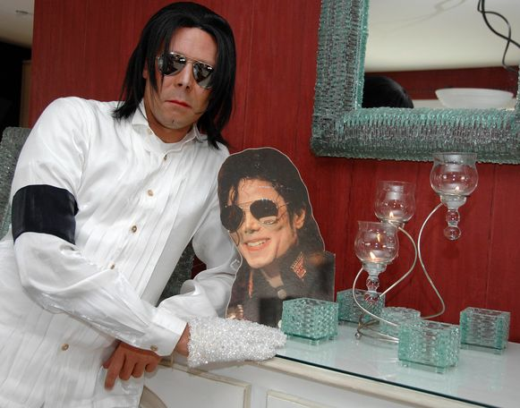 Michael Jackson-lookalike Emmanuel De Reyghere.