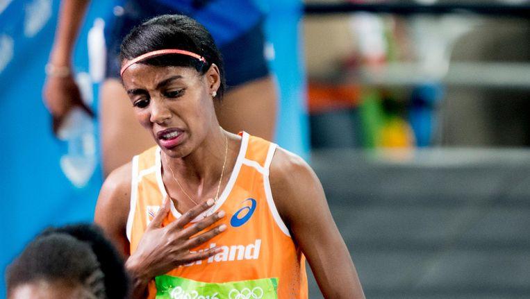 Sifan Hassan na haar verloren race tijdens de Olympische Spelen in Rio. Beeld anp
