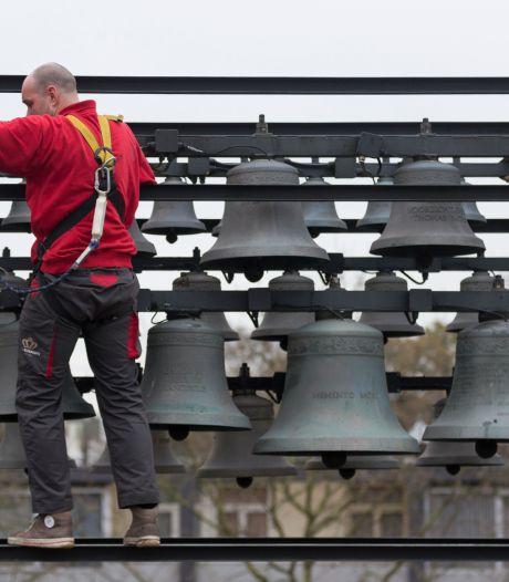 Oude carillon Zevenaar na jaren van zwijgzaamheid straks weer twee keer per dag te horen