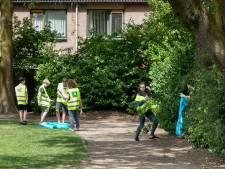 Oudheusdenaren geven  dorp schoonmaakbeurt