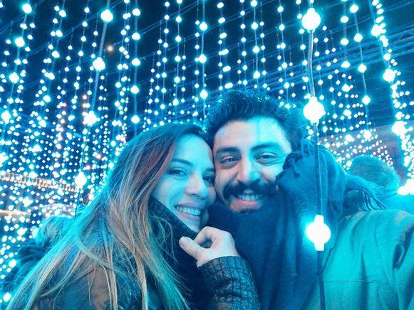 Giancarlo Agostino Di Maria overleed aan de gevolgen van het coronavirus, hier op foto samen met zijn vriendin Claudia