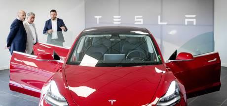Lange levertijd elektrische auto zit belastingvoordeel zakelijke rijder in de weg