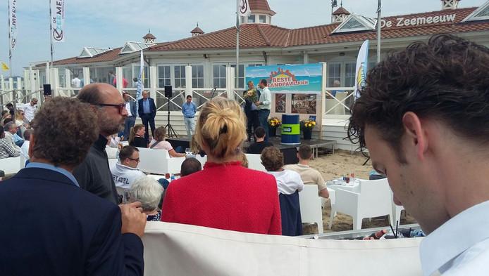 Waterreus in scheveningen is beste strandtent binnenland for Beste strandtent scheveningen