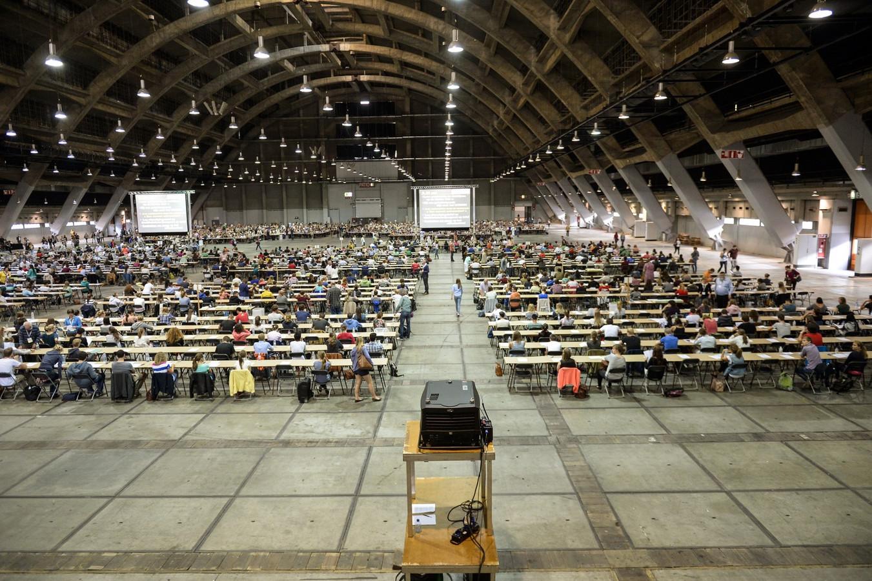 Archiefbeeld. De voorgaande jaren werd het examen georganiseerd op één locatie, de Heizel in Brussel. (foto: 2015)