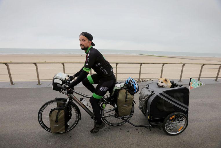 Dimitri Mevensen en Emiel vertrokken gisteren vanuit De Haan richting Oostende en Adinkerke.
