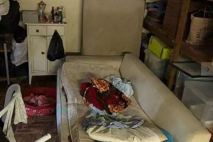 La victime vivait dans un hangar juste à côté de la villa de ses bourreaux.