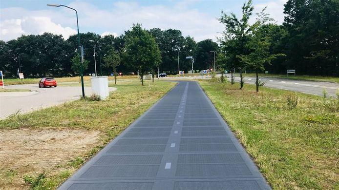 Impressie van het zonnepanelenfietspad in Rhenen, dat komende maand wordt aangelegd.