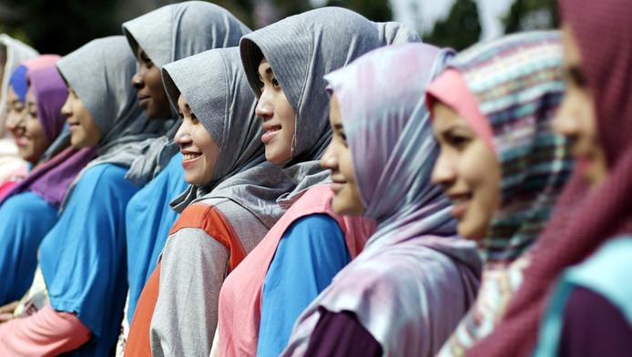 Deelneemsters aan de eerste World Muslimah Beauty 2013