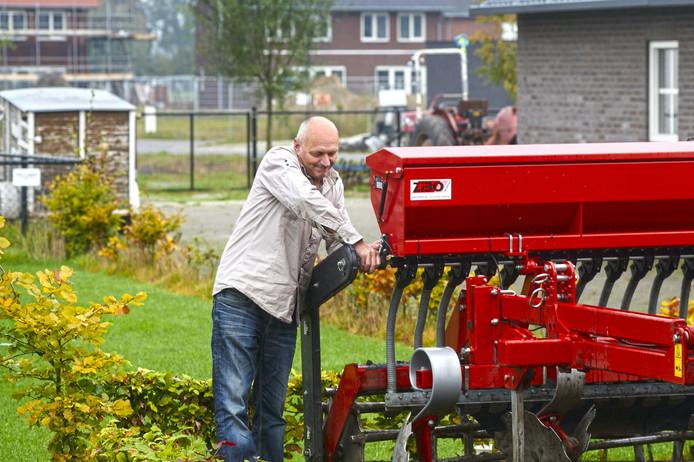 Agrarier Andre Tielemans op zijn erf te Boekel.