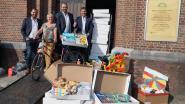 De Ronde Tafel schenkt dozen vol spullen voor gezinnen in armoede