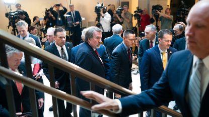 Impeachment-onderzoek tegen Trump: Republikeinse parlementsleden bestormen verhoorruimte