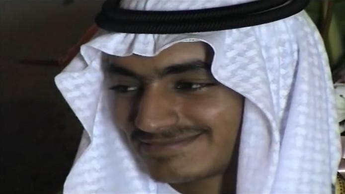 Beeld van Hamza bin Laden uit een video die door de Amerikaanse geheime dienst CIA is gepubliceerd.