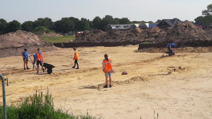 In Dalfsen wordt voor de tweede keer een archeologische opgraving uitgevoerd langs de Gerner Es.
