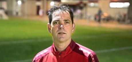 Trainer Johnny Nooijen van ASV'33 miste de dug-out