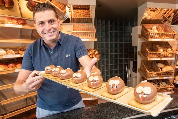 """Er wordt in mijn bakkerij sinds gisteren alleen maar over muizen gepraat. Daar wou ik toch iets mee doen"""", vertelt bakker Redgy Taerwe over zijn ingeving om muizentaart te verkopen."""