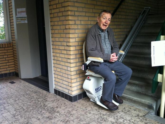 Simon van der Vliet demonstreert stoeltjeslift.