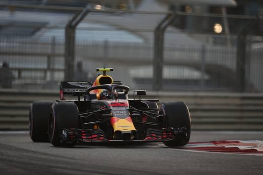 Max Verstappen op het YAS Marina Circuit.
